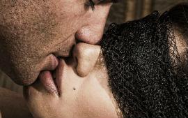 страх перед поцелуем